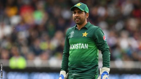 Sarfaraz Ahmed sacked as Pakistan captain in Test and T20 cricket