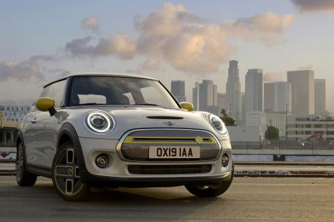 All-electric Mini Cooper SE priced starting at $29,900 in the US