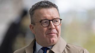 General election 2019: Labour's deputy leader Tom Watson stands down