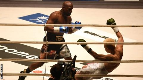 Mayweather in UFC talks and says he will make comeback