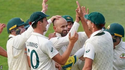Australia thrash Pakistan in Adelaide to win series 2-0