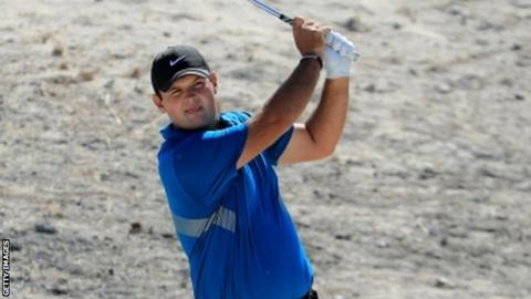 Reed leads by three in the Bahamas as Woods moves into contention