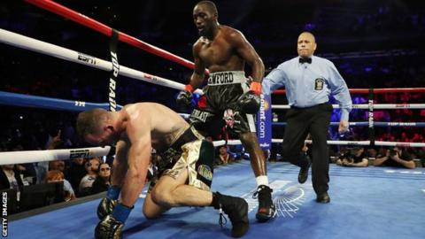 Unbeaten Crawford retains welterweight world title with knockout