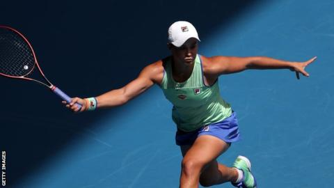 Top seed Barty moves into Australian Open fourth round