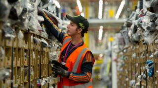 Hundreds of staff injured at Amazon UK warehouses, GMB claims