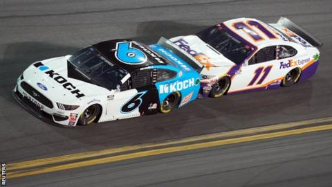 Nascar champion hurt in dramatic Daytona 500 crash