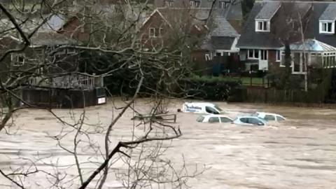Storm Dennis: Flood threat remains after weekend of disruption