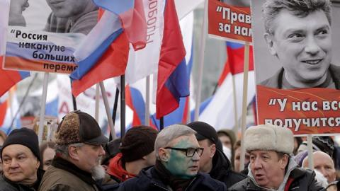 Nemtsov: Prague denies renaming square to troll Moscow
