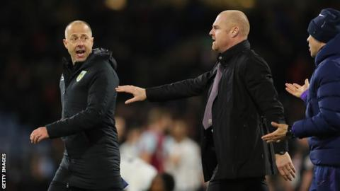 Burnley assistant Woan tests positive for Covid-19