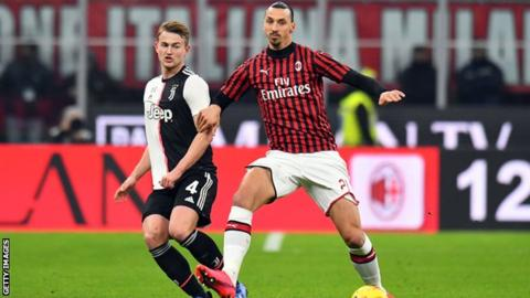AC Milan striker Ibrahimovic suffers calf problem
