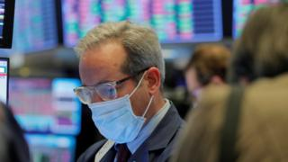 Coronavirus: New York Stock Exchange trading floor to reopen