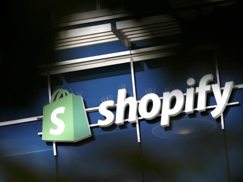 Shopify's stock has exploded 140% in the last two months making it briefly the biggest company in Canada. Here is why analysts think it won't get any bigger.