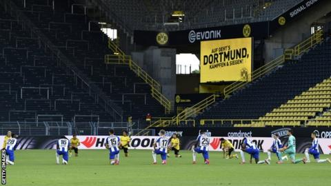 German teams show support for Black Lives Matter