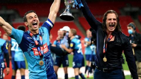 Wycombe edge past Oxford to secure historic promotion to Championship