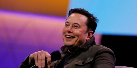 Tesla will surge another 24% over the next year as it grows to $100 billion in revenue by 2025, says new biggest bull on Wall Street (TSLA)