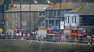 Three hurt in St Ives waterfront bar kitchen explosion